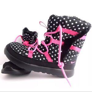NWT in box Sz 13 Nike Roshe polka dot boots fur
